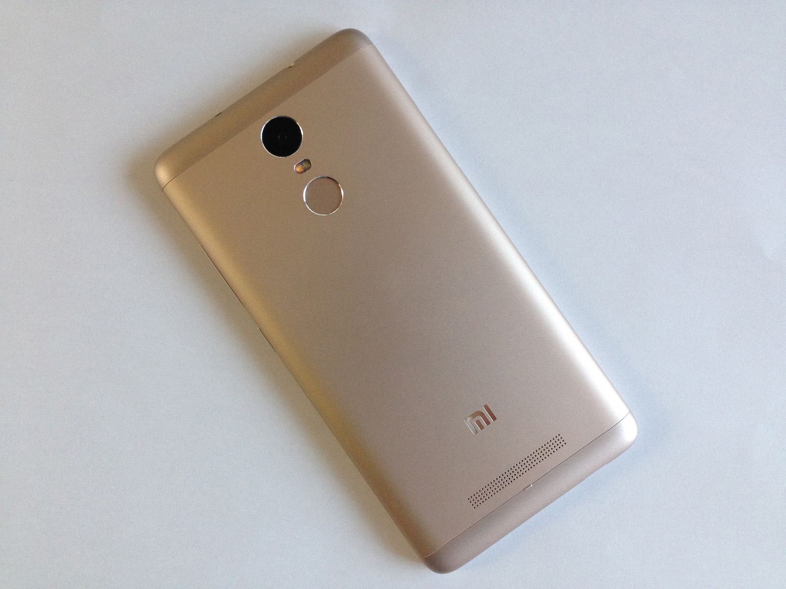 Xiaomi Redmi Note 3 Pro 本体 背面