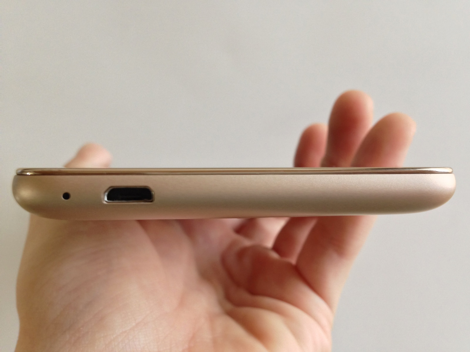 Xiaomi Redmi Note 3 Pro 充電端子