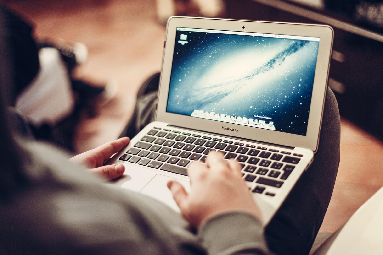 2016年 MacBook Air