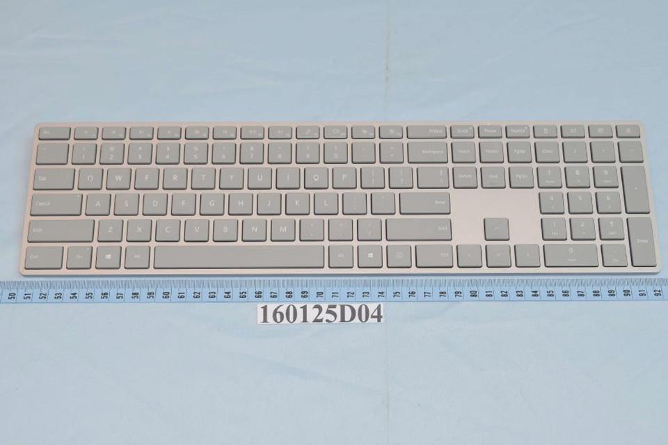 Surface AIO デスクトップPC 特許文書 ワイヤレスキーボード画像-01