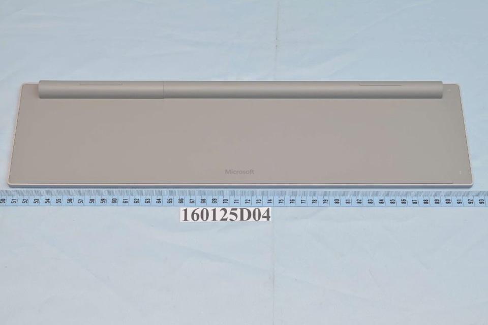 Surface AIO デスクトップPC 特許文書 ワイヤレスキーボード画像-02
