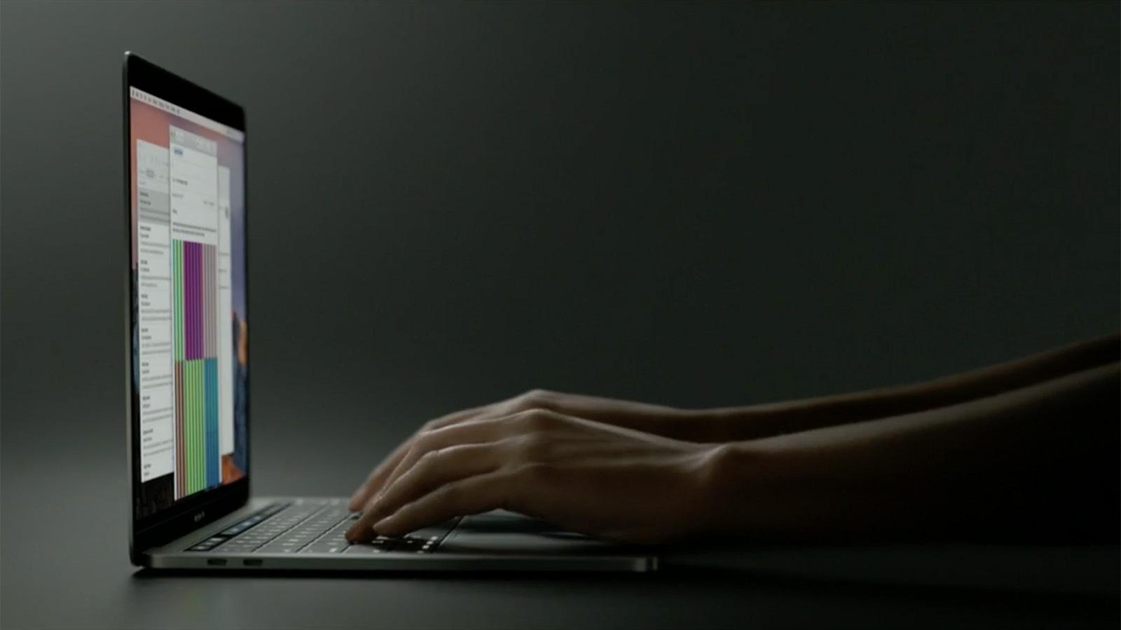 2016年 MacBook Pro バタフライキーボード
