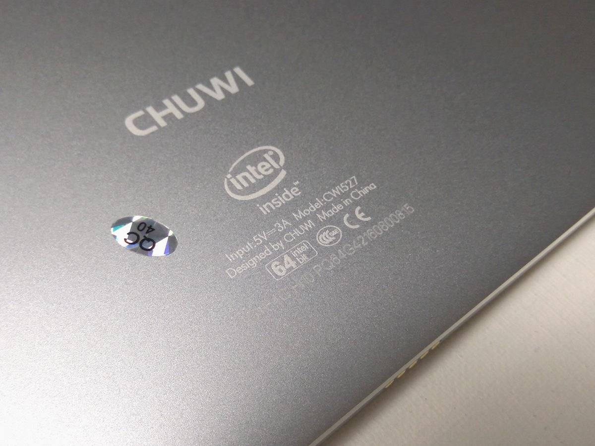 CHUWI Hi10 Plus 本体外観 背面 プリント