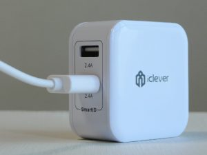 iClever USB充電器 レビュー