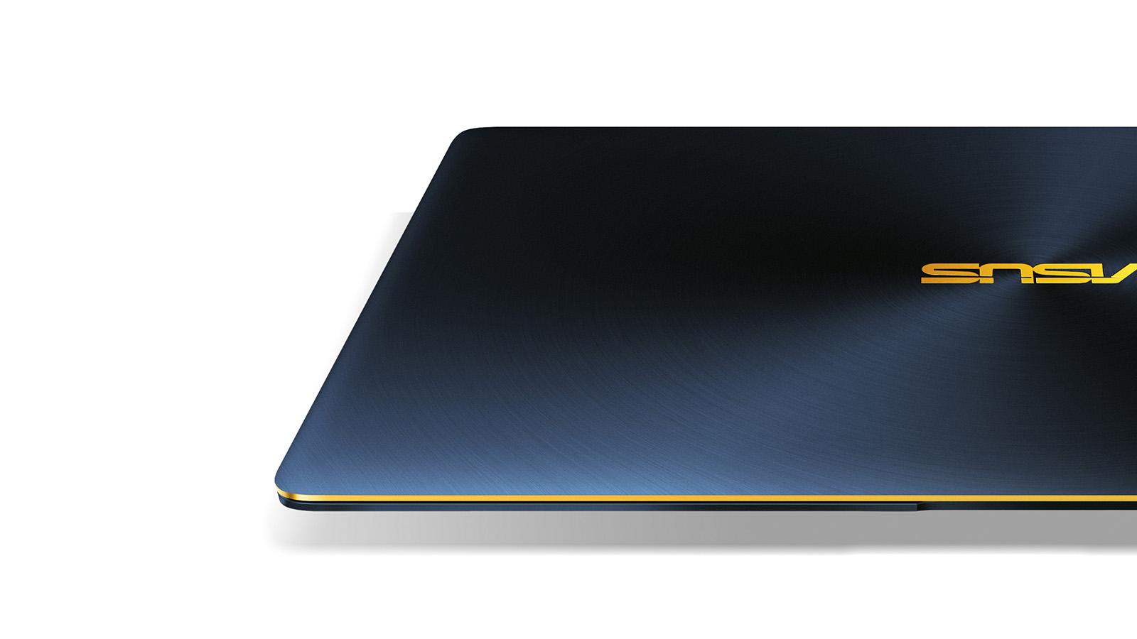 ZenBook 3 軽量 薄型