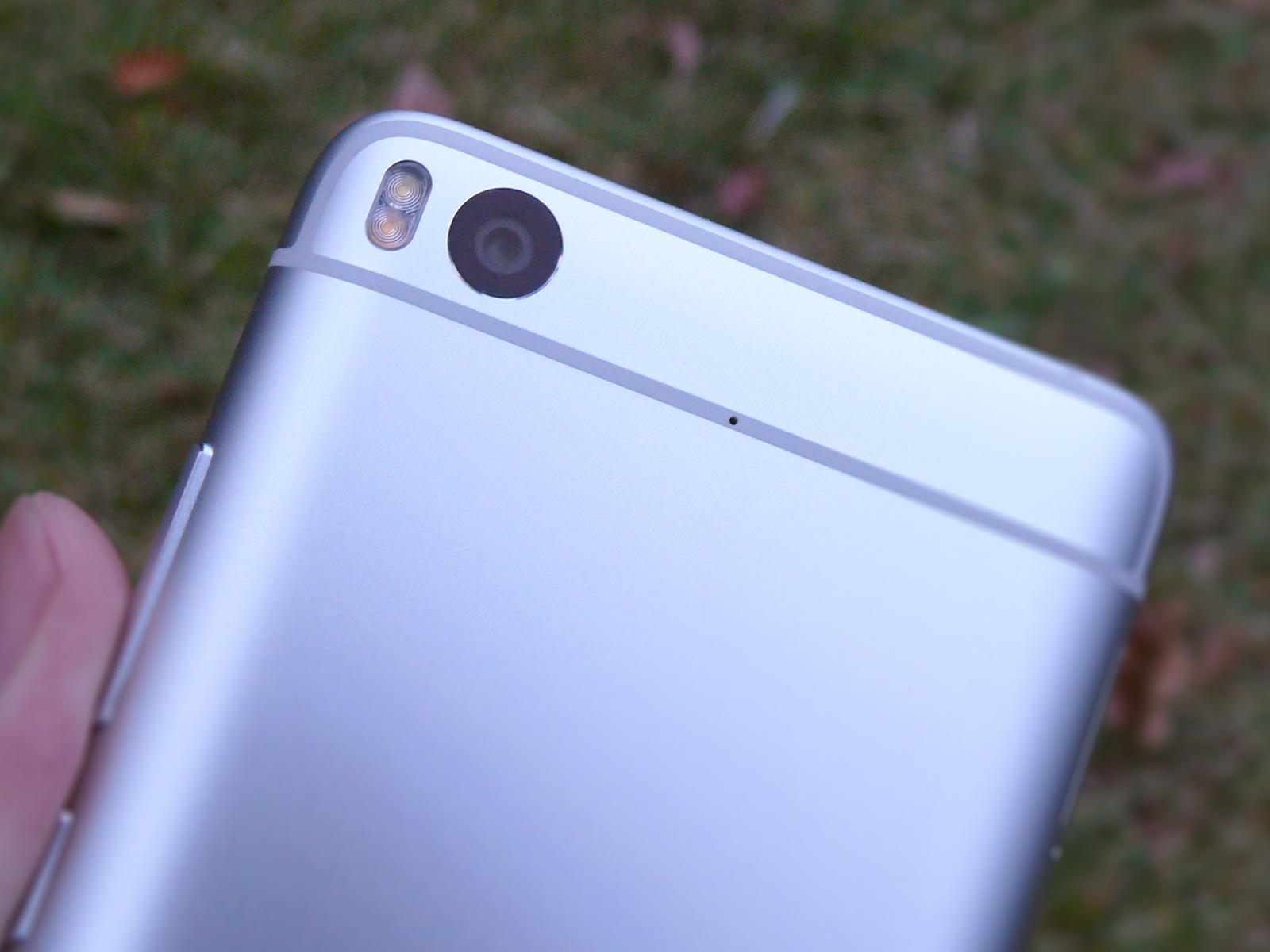 Xiaomi Mi5s 背面 カメラ部分