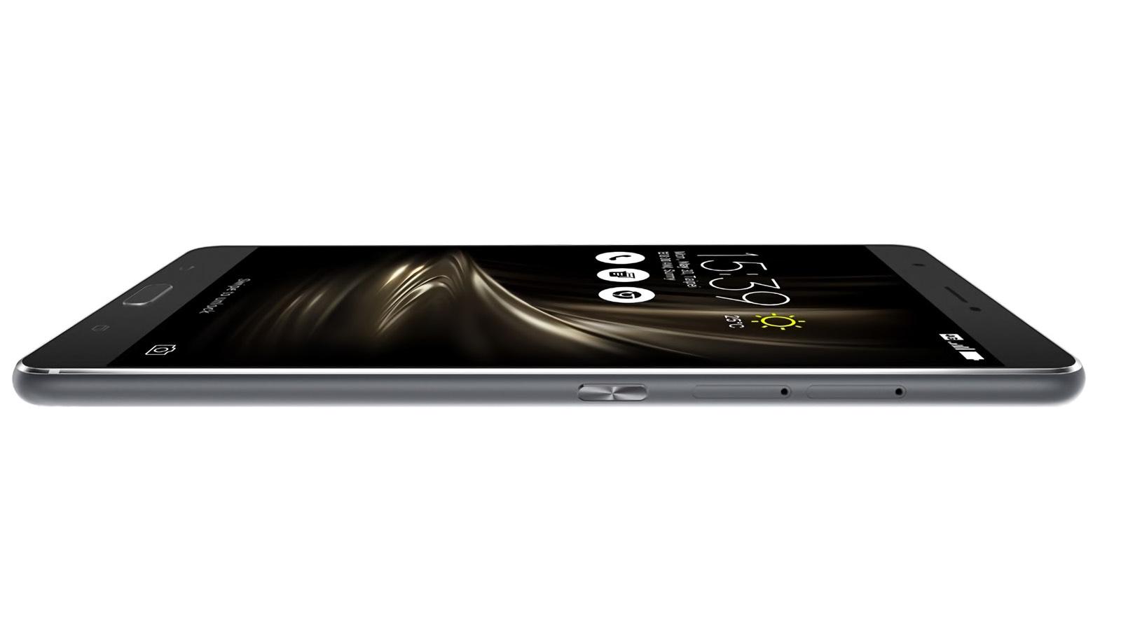 ASUS ZenFone 3 Ultra 本体厚み
