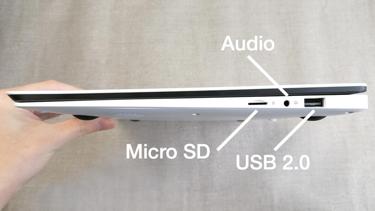 CHUWI LapBook 14.1 右側面 拡張端子