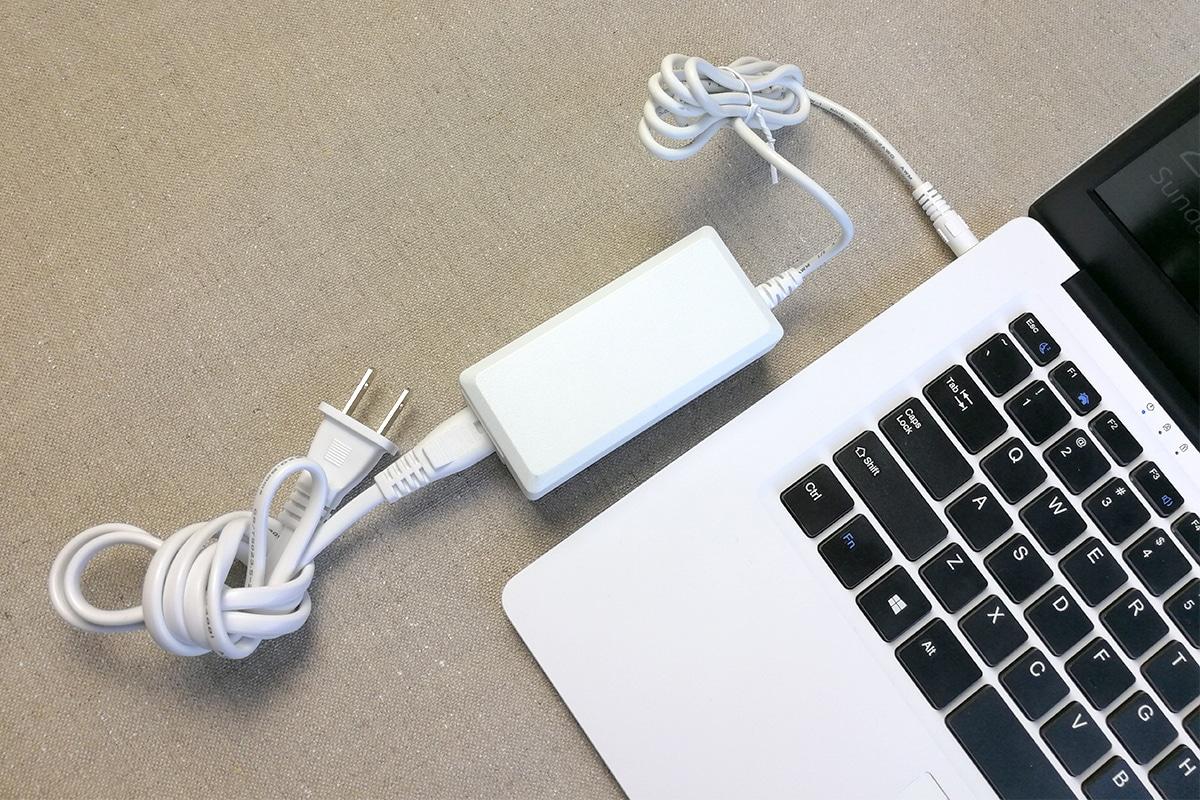 CHUWI LapBook 14.1 充電器