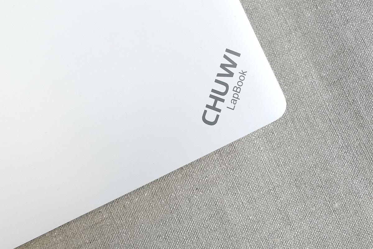 CHUWI LapBook 14.1 天板