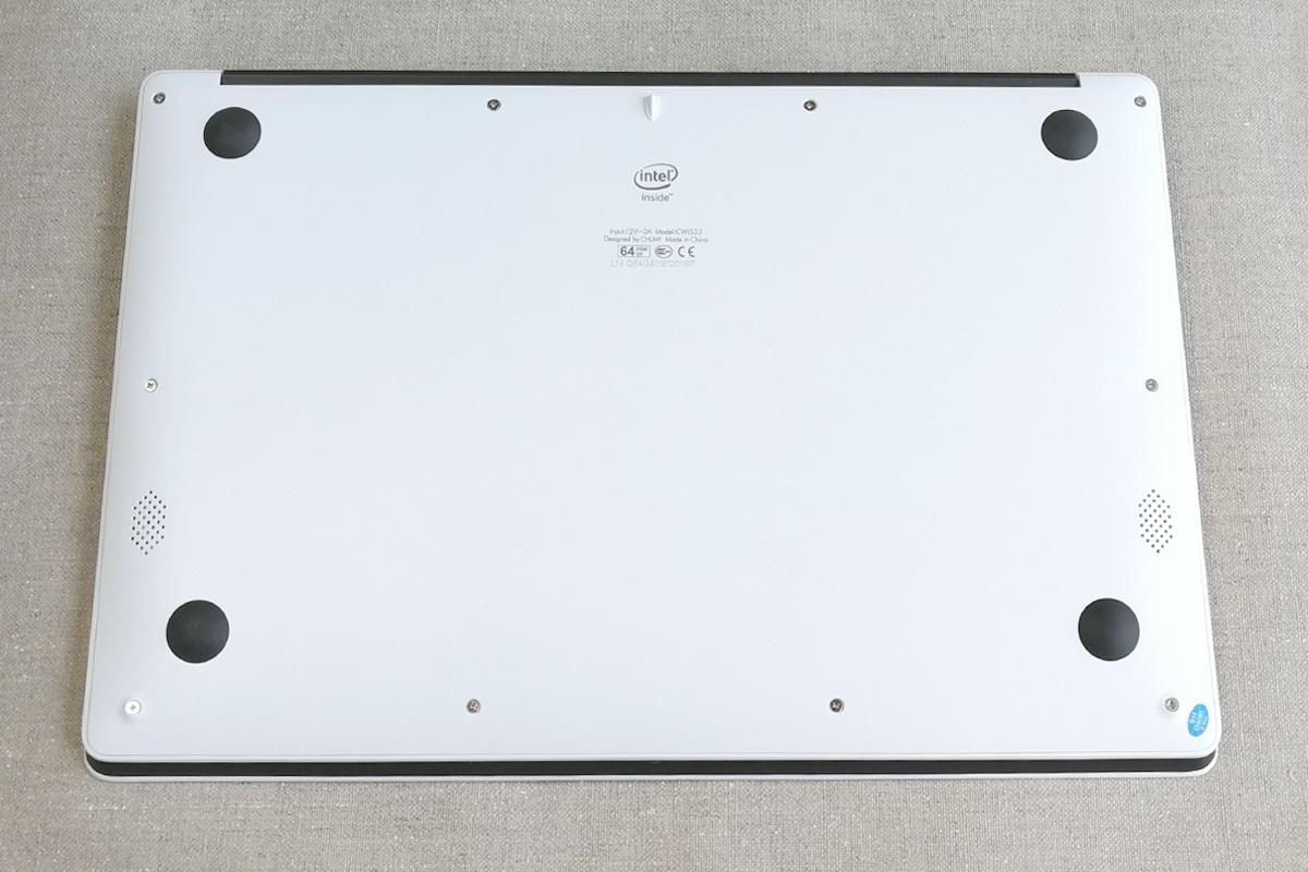 CHUWI LapBook 14.1 裏面