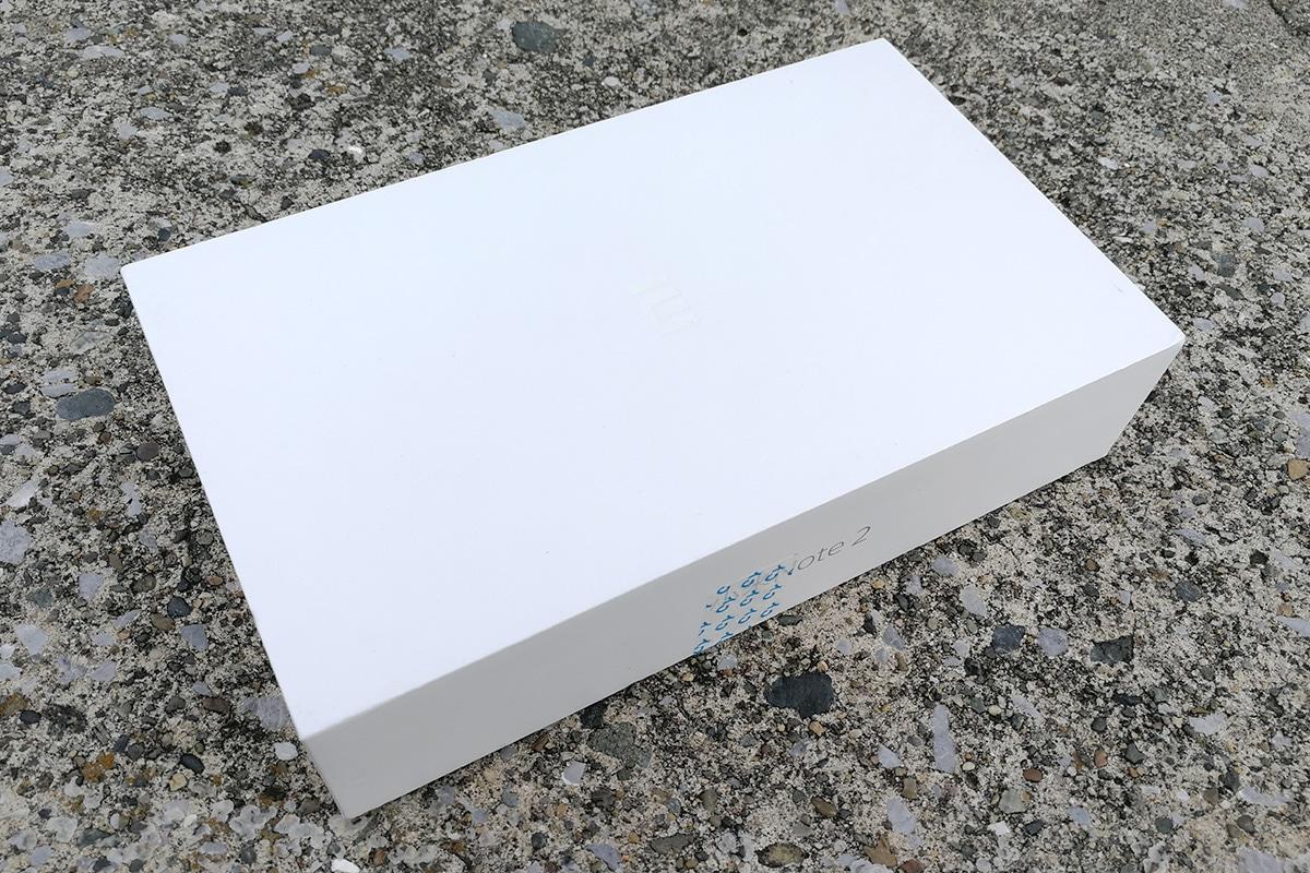 Xiaomi Mi Note 2 パッケージ