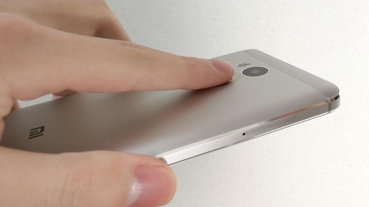 Xiaomi Redmi 4 指紋認証センサー