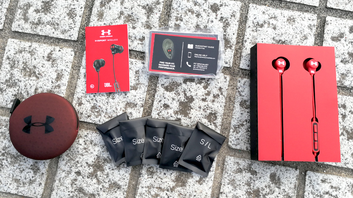 JBL UA Sport Wireless 同梱物