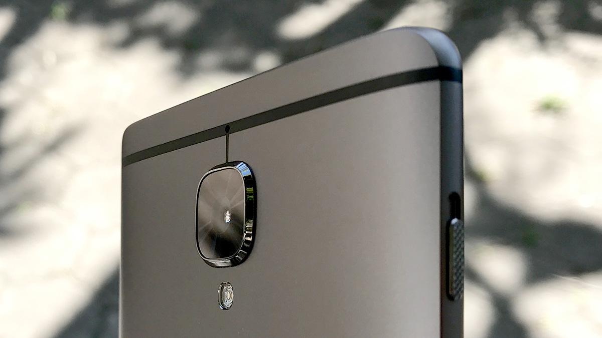 OnePlus 3T 背面カメラ
