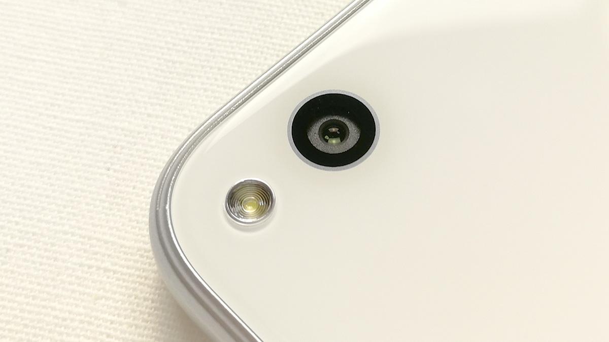 Huawei nova lite 背面カメラ