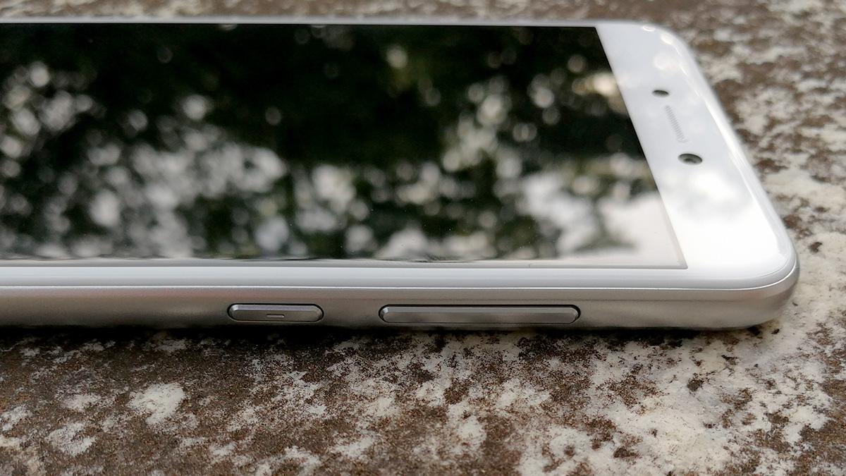 Huawei nova lite 物理ボタン