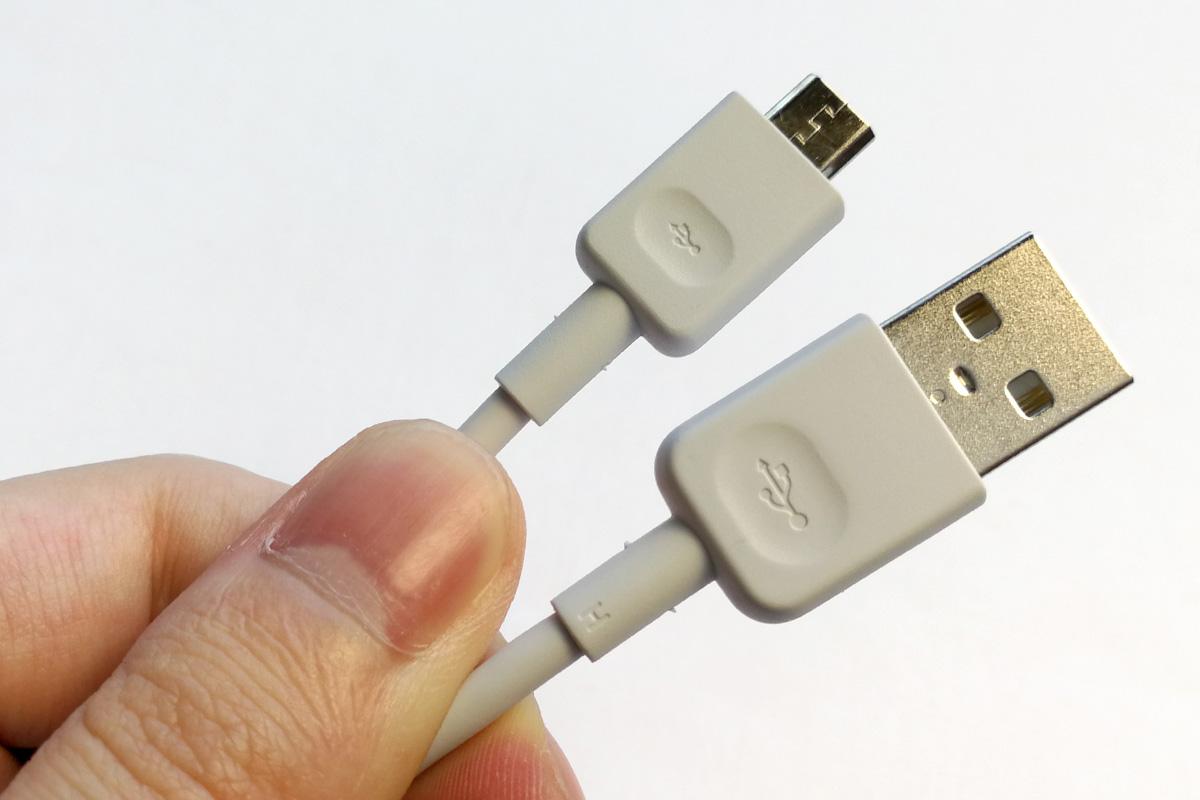 Huawei nova lite 充電・データ転送ケーブル