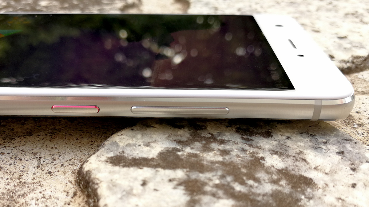 Huawei nova ボタン