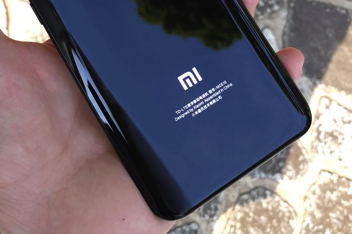 Xiaomi Mi6 背面ロゴ
