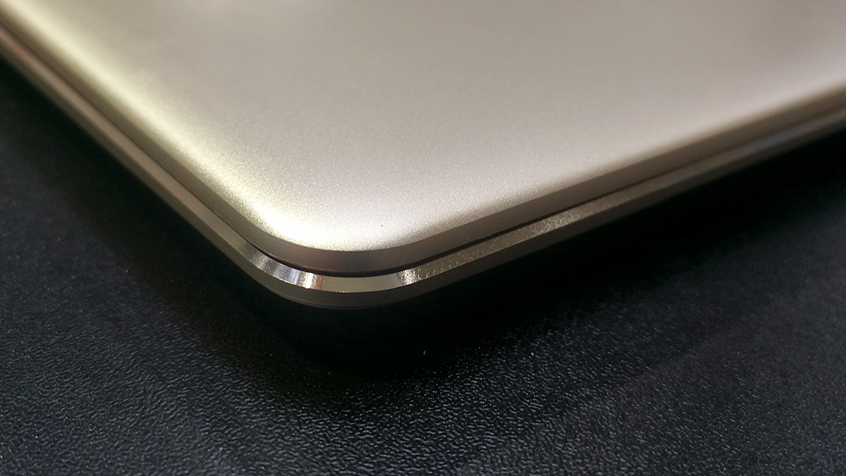 Huawei MateBook X エッジ