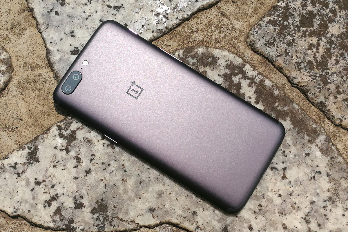 OnePlus 5 デザイン 背面