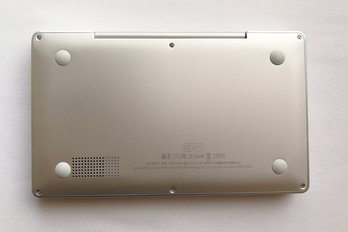 GPD Pocket 裏面