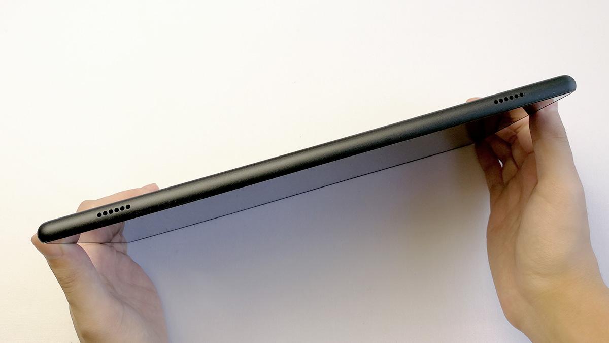 Fire HD 10 2017年モデル デュアルスピーカー