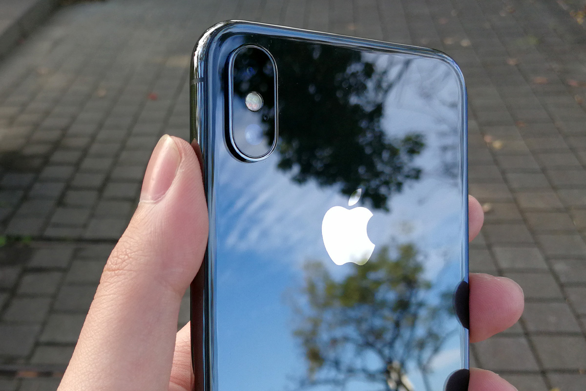 iPhone X ガラス背面