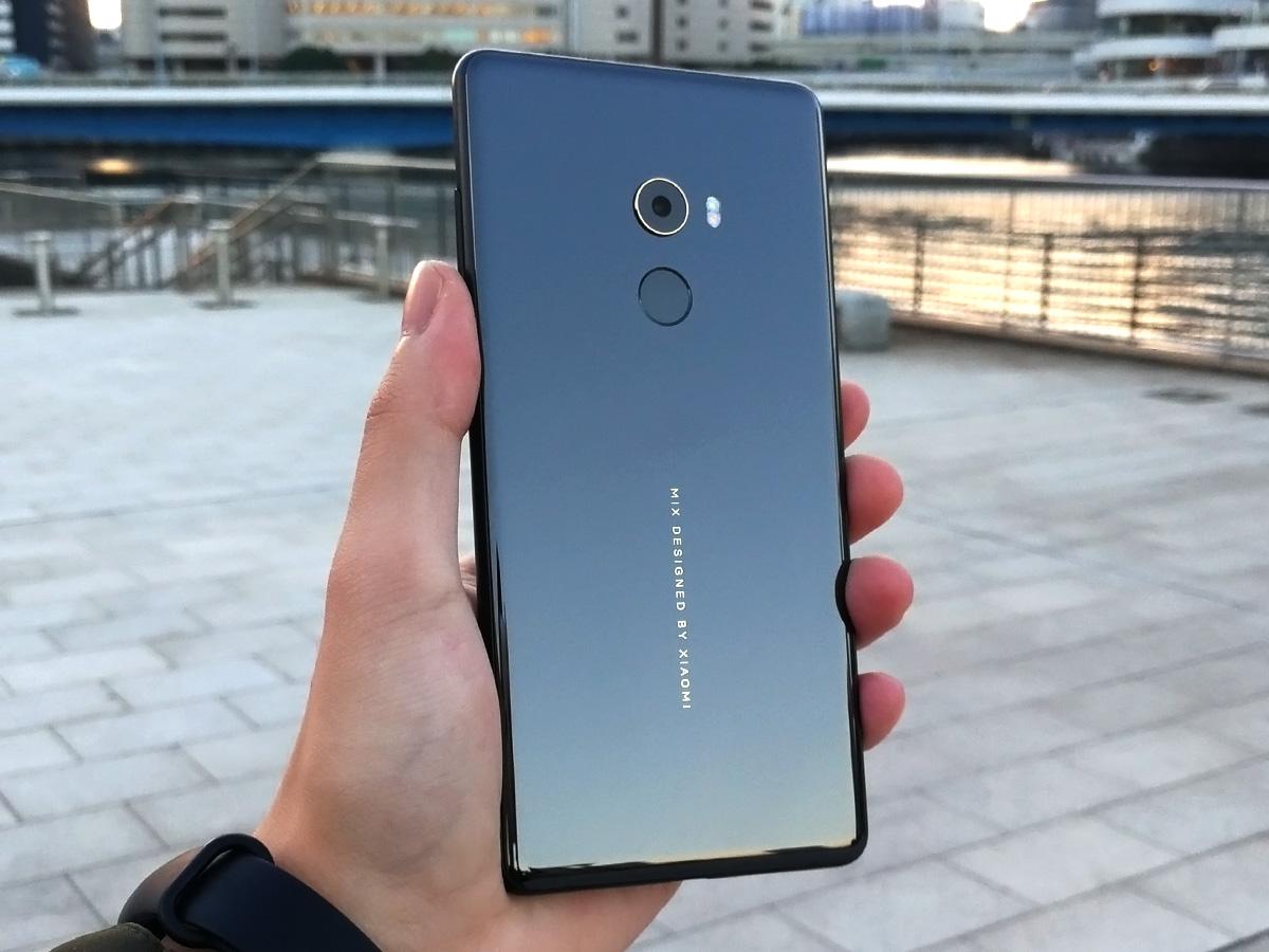 Xiaomi Mi MIX 2 セラミック製の背面