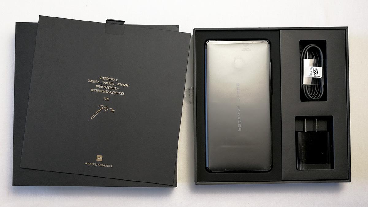 Xiaomi Mi MIX 2 開封