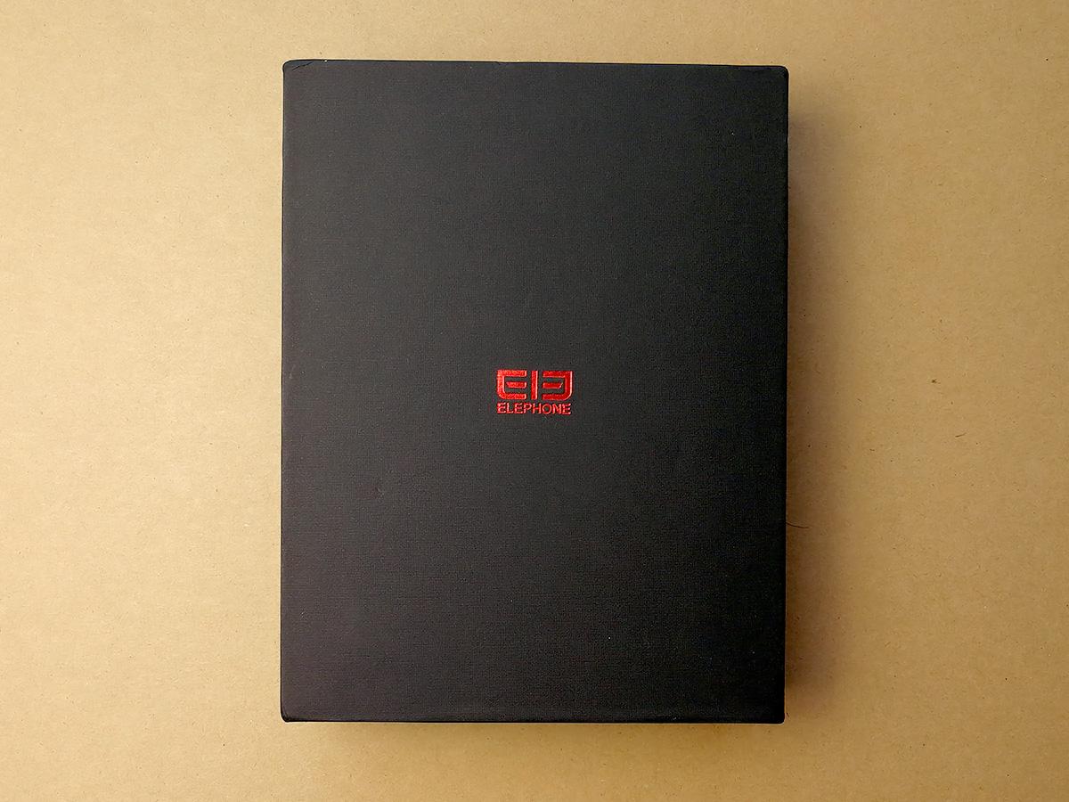 Elephone U Pro パッケージ
