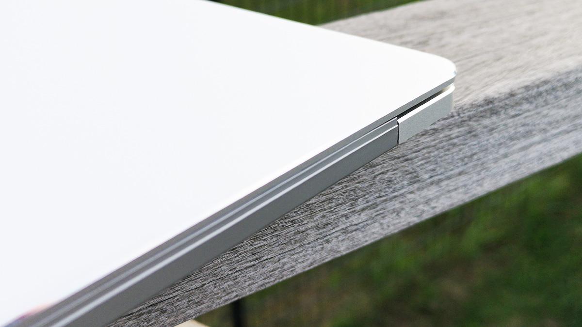 Jumper EzBook X4 ヒンジ