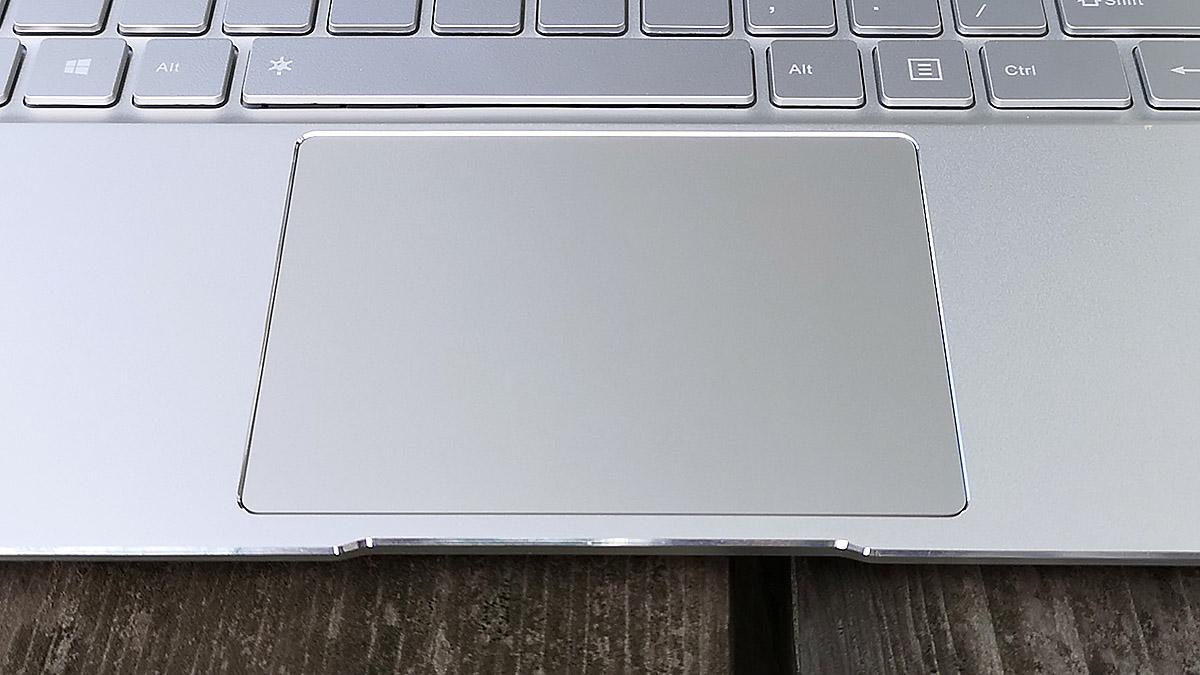 Jumper EzBook X4 トラックパッド