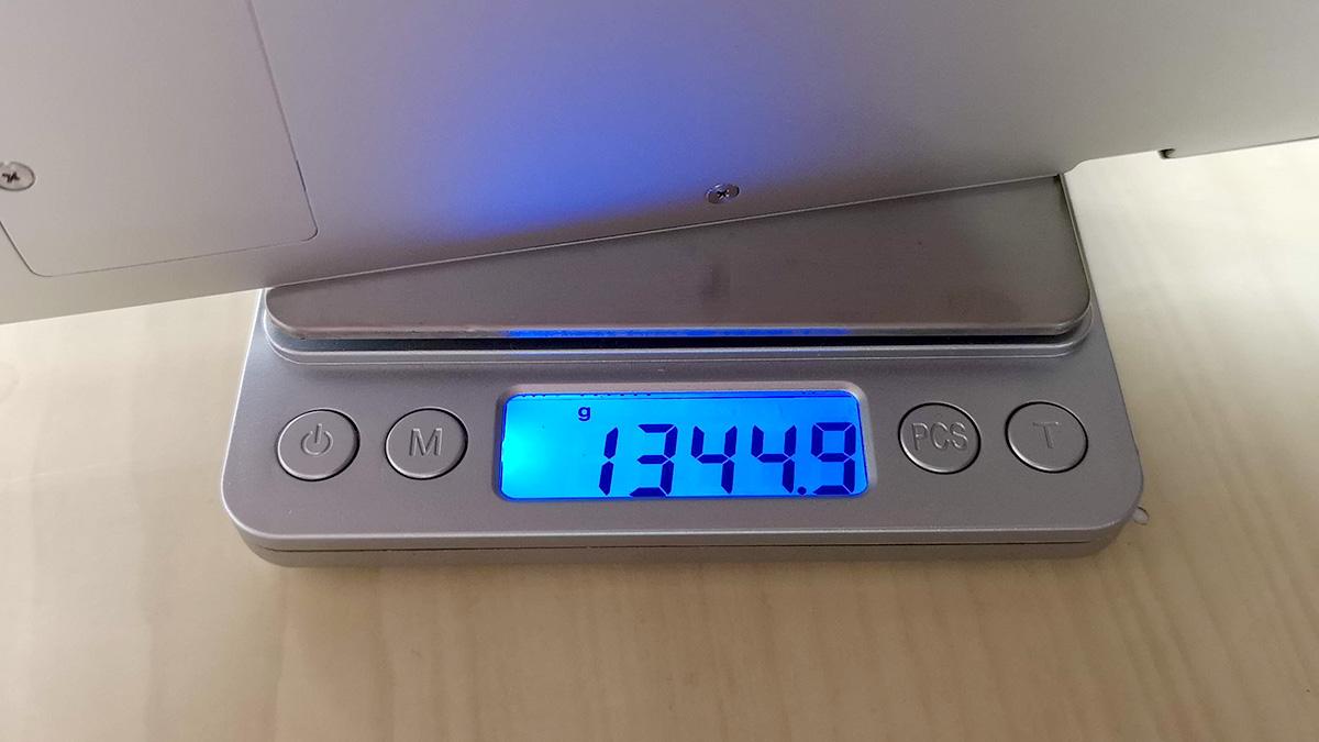 Jumper EzBook X4 重量