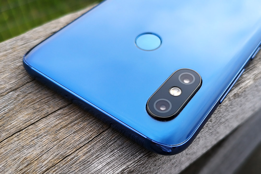 Xiaomi Mi8 背面カメラ