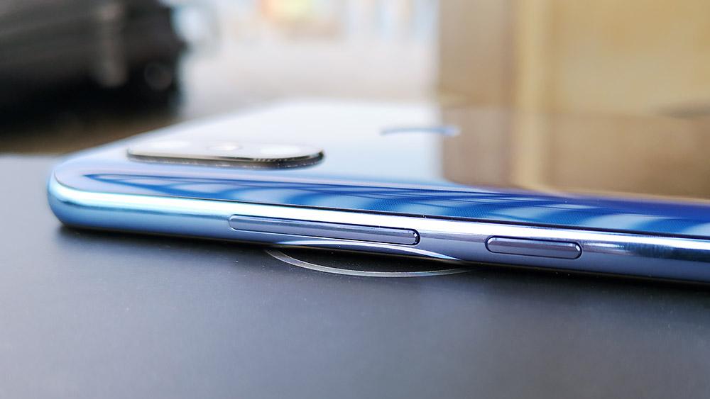 Xiaomi Mi8 物理ボタン