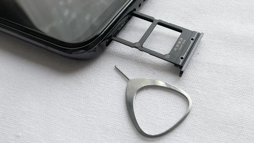 vivo NEX S Nano-SIMカードスロット