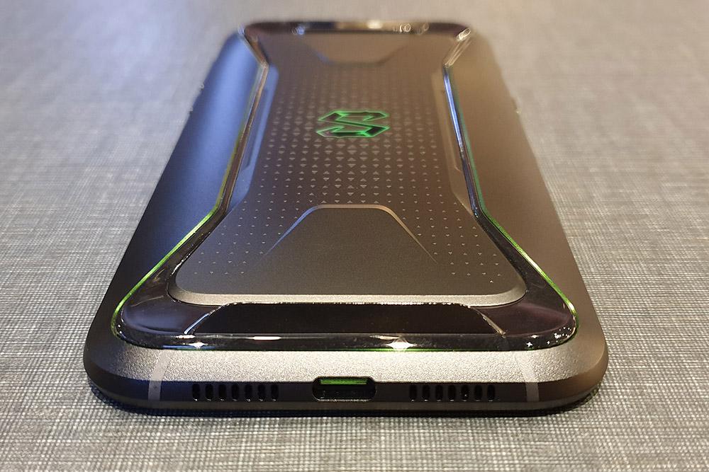 Xiaomi Black Shark 底面